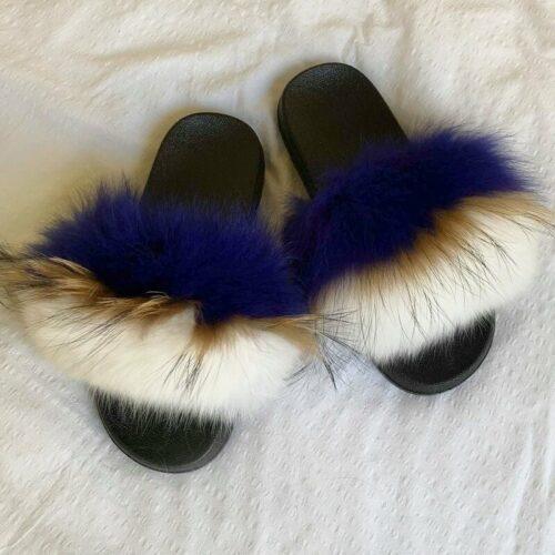 triple blå pelsslippers