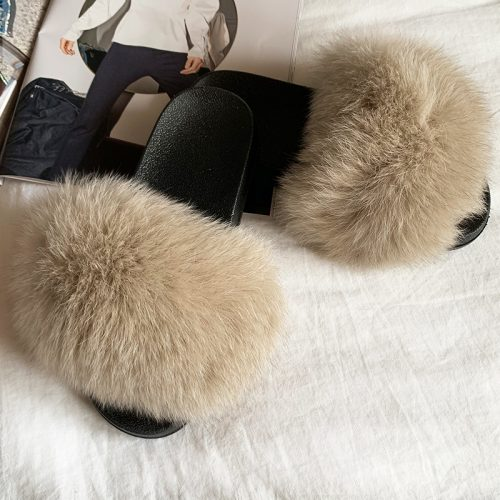 Lyse brune slippers