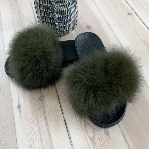pels slippers